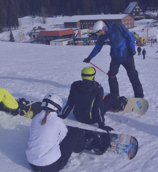 Snowboard lessons group full day